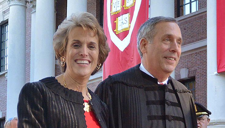 哈佛大学校长夫妇确诊新冠肺炎 目前在家隔离